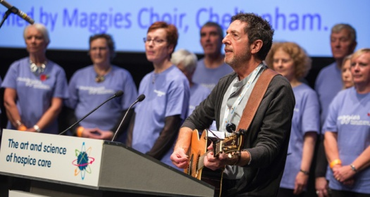 maggie-39-s-choir-performing-at-the-hospice-uk-annual-conference-2015